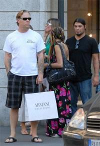 """Джеймс Хетфилд: """"На самом деле я держал сумку своей жены"""""""